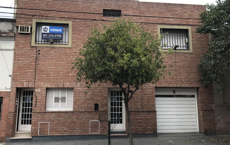 casa en venta barrio pueyrredon